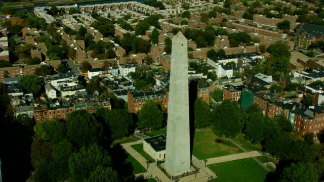 aerial view bunker hill monument obelisk tower boston - granite stock videos & royalty-free footage