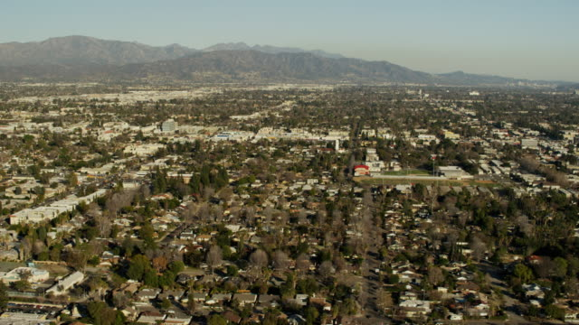 aerial view burbank and studio city los angeles - burbank stock-videos und b-roll-filmmaterial