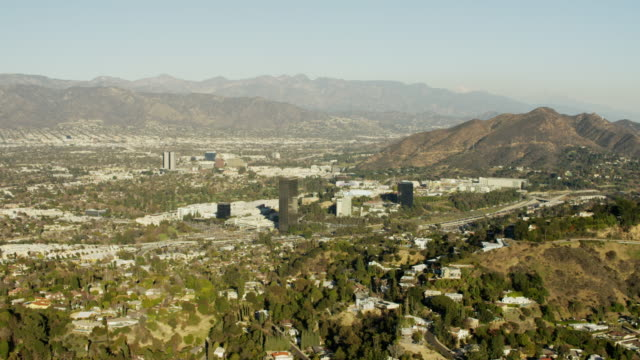 aerial view burbank and studio city los angeles - studio city stock videos & royalty-free footage
