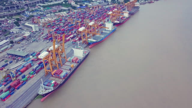 Aerial View Container schip in de haven