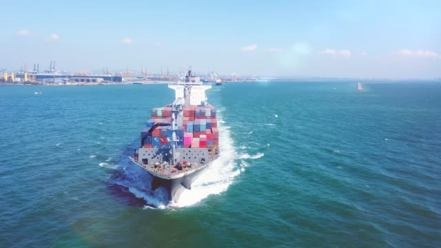 aerial view container ship - mezzo di trasporto video stock e b–roll
