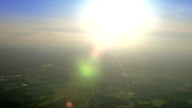在陽光下鳥瞰國家。高清 - high street 個影片檔及 b 捲影像