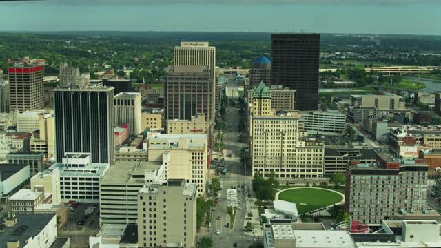 aerial view down main st in dayton, ohio - dayton ohio stock videos & royalty-free footage