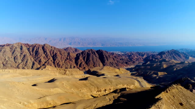 aerial view eilat mountains near the red sea, israel - rotes meer stock-videos und b-roll-filmmaterial