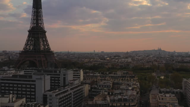 aerial view flying up over paris france looking at the eiffel tower, sunrise - 30 seconds or greater stock videos & royalty-free footage
