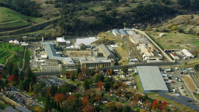 aerial view folsom prison jailed prisoners incarcerated usa - execution stock videos & royalty-free footage