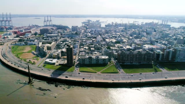 aerial view, high angle view, ciudad vieja neighbourhood, montevideo's coastline, uruguay - montevideo stock-videos und b-roll-filmmaterial