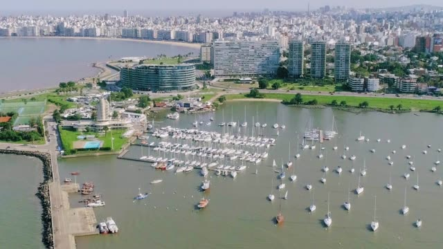 stockvideo's en b-roll-footage met aerial view, high angle view, puertito del buceo, montevideo's coastline, uruguay - uruguay