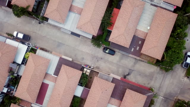 aerial view home village - tract housing stock videos & royalty-free footage