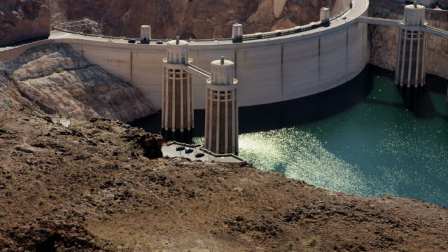 aerial view hoover dam in nevada arizona usa - lake mead video stock e b–roll