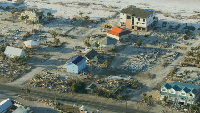 aerial view hurricane eye wall center mexico beach - ダメージ点の映像素材/bロール