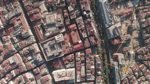 vidéos et rushes de aerial view looking down at istanbul. turkey. - istanbul
