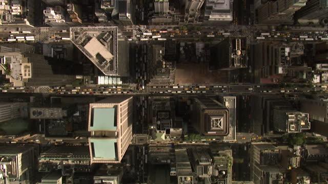 vidéos et rushes de vue aérienne midtown manhattan, new york, é.-u. - vue en plongée verticale