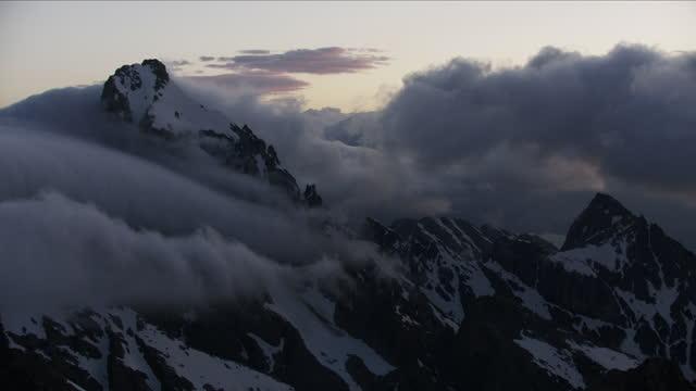 aerial view mount moran summit grand teton mountains - mt moran stock videos & royalty-free footage