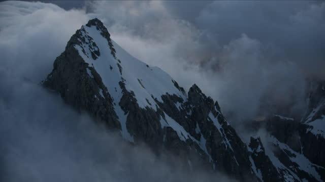 aerial view mount moran summit grand tetons usa - mt moran stock videos & royalty-free footage