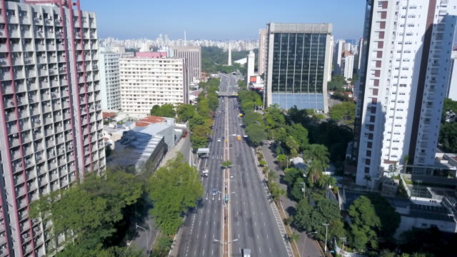 aerial view of 23 de maio avenue and obelisk in sao paulo during covid 19 coronavirus quarantine with drone - 1955 stock videos & royalty-free footage