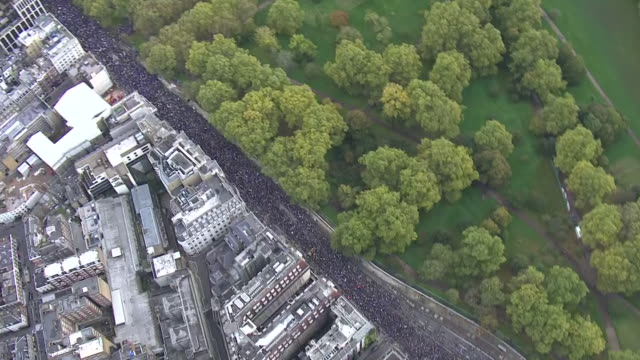 aerial view of a huge people's vote march moving through london - overhead view stock videos & royalty-free footage