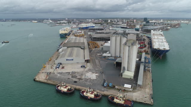 aerial view of an empty southampton port, in southampton, hampshire, uk on wednesday, september 30, 2020. - horizon stock videos & royalty-free footage