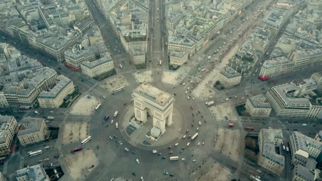 aerial view of arc de triumph in paris - arc de triomphe paris stock videos & royalty-free footage