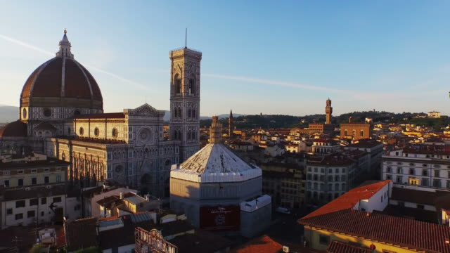 aerial view of basilica di santa maria maggiore at firenze - florence italy stock videos & royalty-free footage