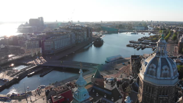 aerial view of basilica of st. nicholas, in amsterdam - canal stock videos & royalty-free footage