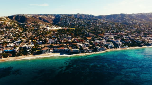 aerial view of beautiful laguna beach in the summer sun - laguna beach california stock videos & royalty-free footage
