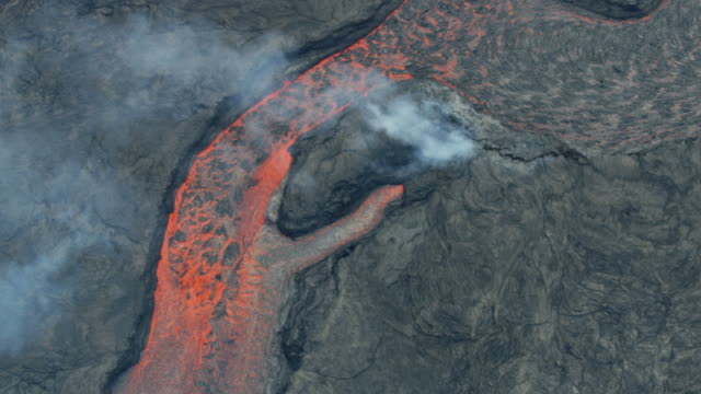 vídeos y material grabado en eventos de stock de aerial view of boiling volcano red hot liquid - 2018