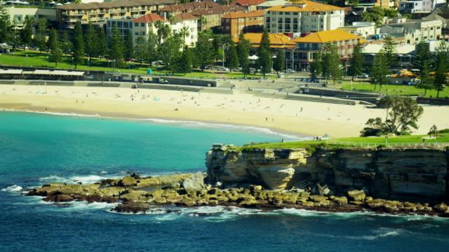 stockvideo's en b-roll-footage met aerial view of bondi beach sydney australia - zuidelijk halfrond