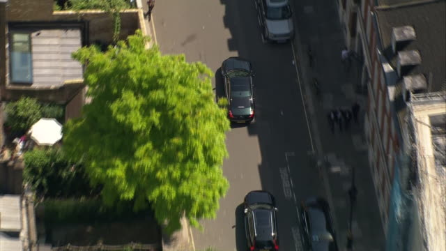 aerial view of boris johnson's motorcade after being announced as the new prime minister - directly above stock videos & royalty-free footage
