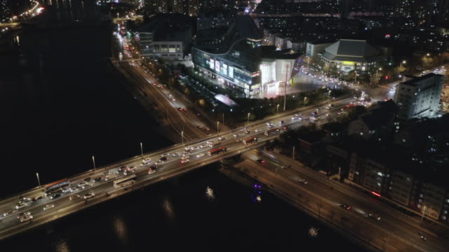 aerial view of bridge over river - liyao xie stock videos & royalty-free footage