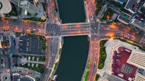 vídeos y material grabado en eventos de stock de vista aérea de tl de puente sobre el río - shanghái