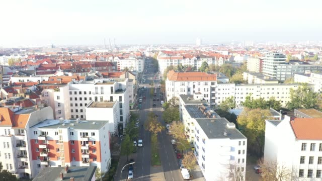 aerial view of buildings in berlin in the neighbourhood schöneberg crossing martinlutherstraße and grunewaldstraße on november 01 2019 in berlin... - stadtviertel stock-videos und b-roll-filmmaterial