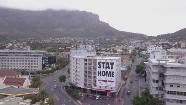 aerial view of cape town, empty streets during corona virus lockdown - cape town stock videos & royalty-free footage