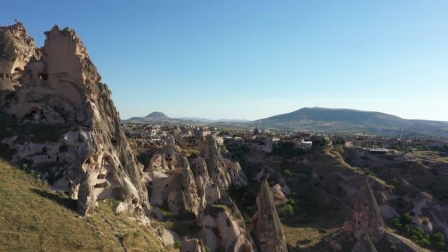 vídeos de stock, filmes e b-roll de vista aérea de cappadocia, turquia - capadócia