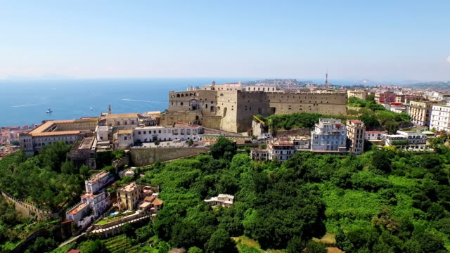 aerial view of castel sant' elmo in naples - ナポリ点の映像素材/bロール