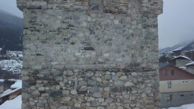 luftaufnahme der burgmauern - georgia stock-videos und b-roll-filmmaterial
