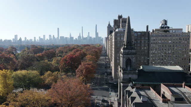 stockvideo's en b-roll-footage met aerial view of central park west - central park manhattan