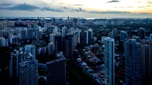 Luftbild von Central Region of Singapore in der Dämmerung Stunde