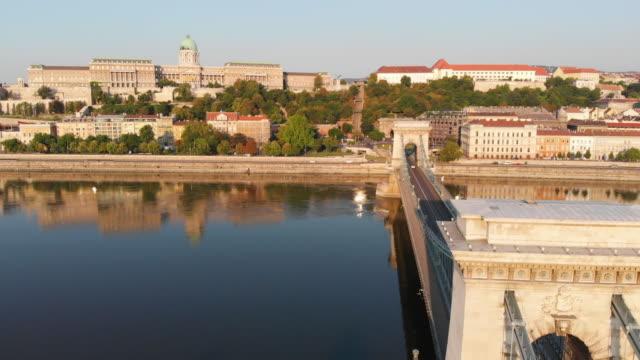 aerial view of chain bridge in budapest - chain bridge suspension bridge stock videos & royalty-free footage