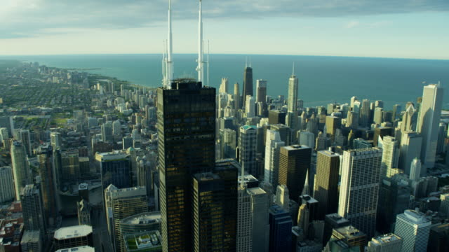 aerial view of chicago city and suburban areas - willis tower stock videos & royalty-free footage