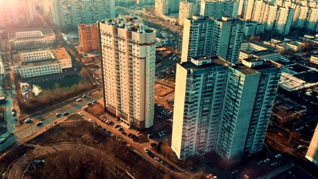 空から見た夕暮れの街並み - 商業地域点の映像素材/bロール