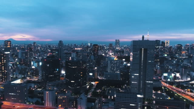 aerial view of cityscape at night - 町点の映像素材/bロール
