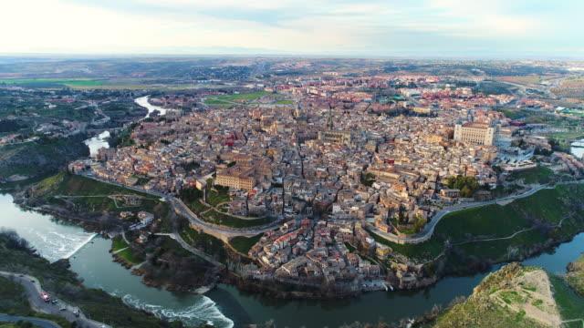 aerial view of cityscape of castilla la mancha - spagna video stock e b–roll