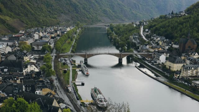 aerial view of cochem and the river moselle at river moselle, rhineland-palatinate, germany - deutschland stock videos & royalty-free footage