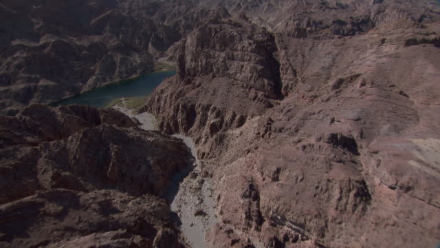 aerial view of colorado river and cranes nest wash in the black canyon, arizona. - black canyon stock videos & royalty-free footage