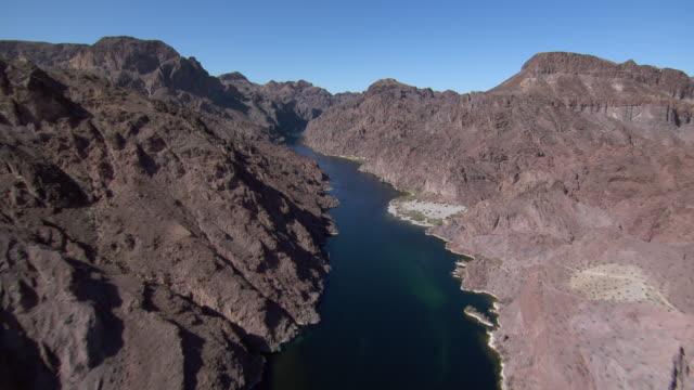 aerial view of colorado river in black canyon, nevada and arizona border. - black canyon stock videos & royalty-free footage