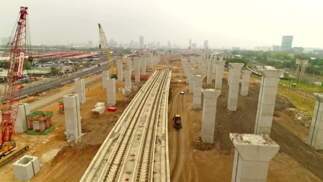 Luftbild von Bauarbeiten des Masse Schiene transit-Linie in Bangkok, Thailand