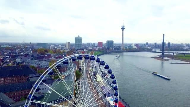 luftaufnahme von düsseldorf - deutschland - rathaus stock-videos und b-roll-filmmaterial