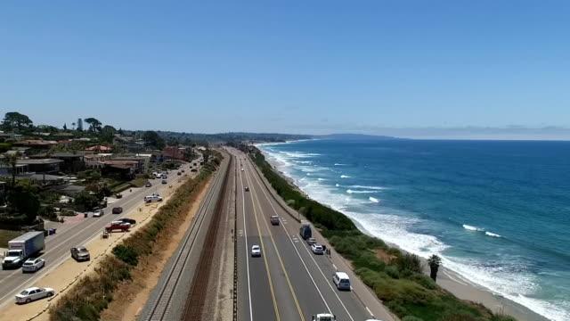 flygfoto över encinitas - kryssa bildbanksvideor och videomaterial från bakom kulisserna
