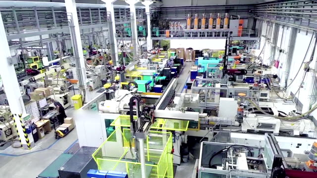 veduta aerea di futuristico fabbrica - officina video stock e b–roll